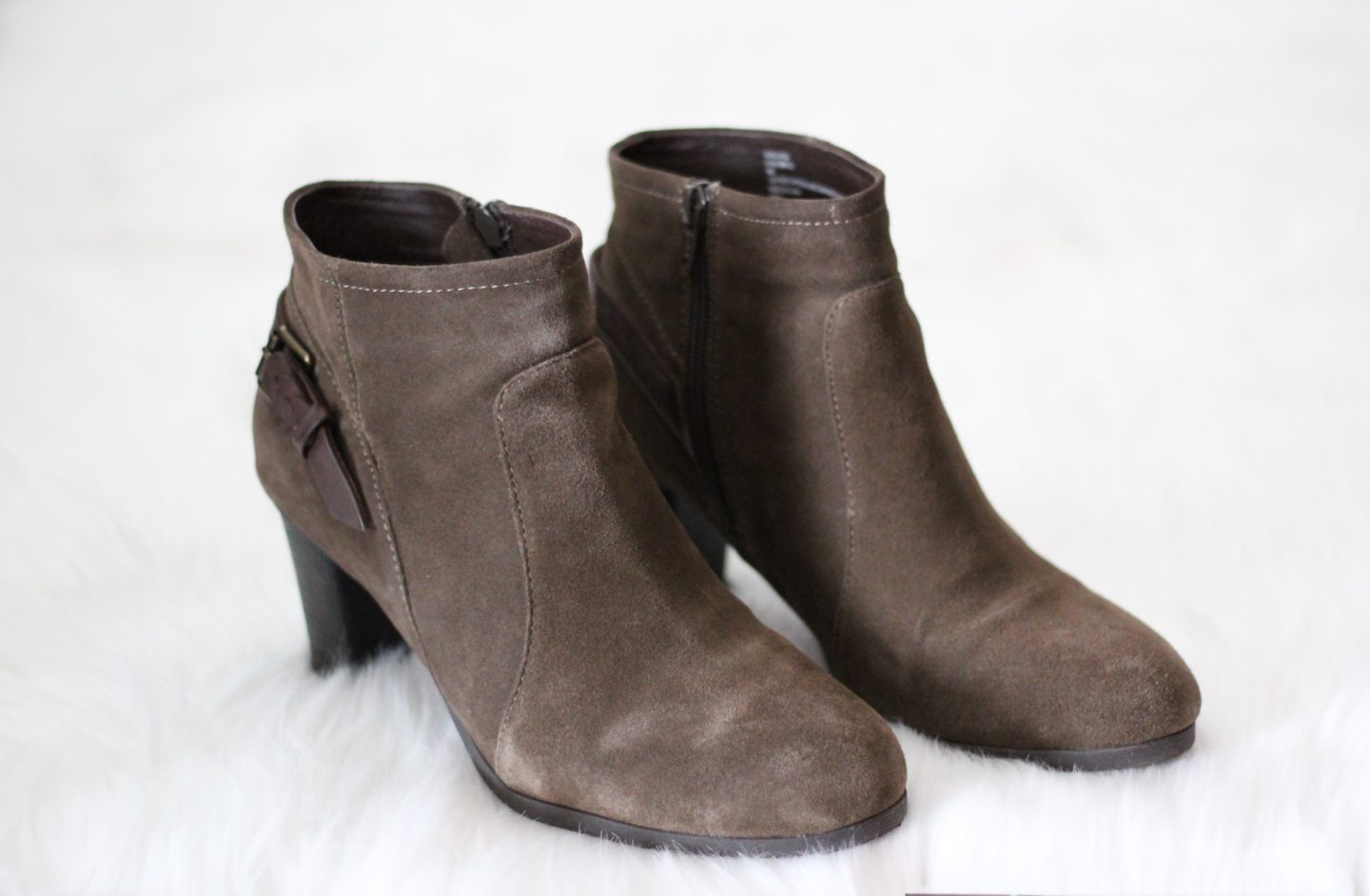 Bass Ankle Boots - Chelsea de Castro - Fall and Winter Booties